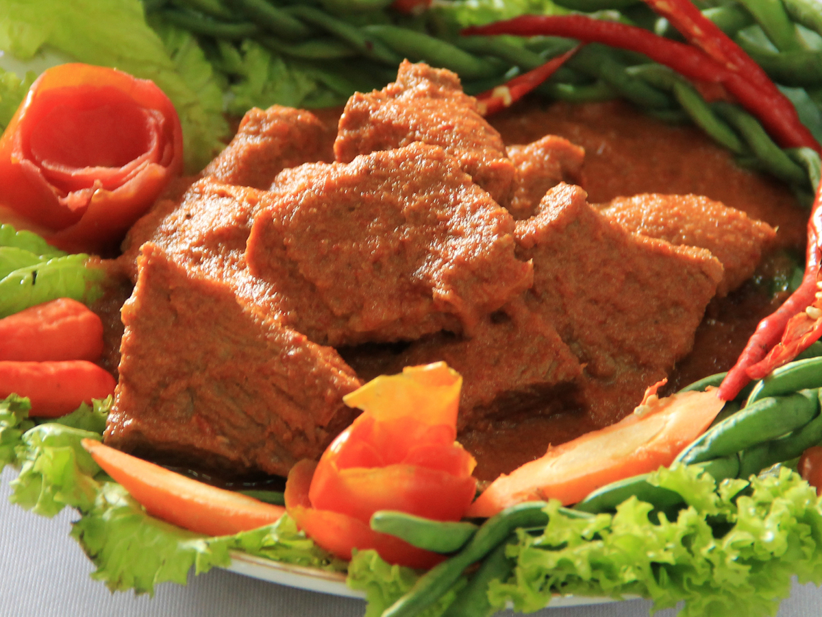 asem-pandeh-daging-sajian-daging-asam-pedas-khas-minang